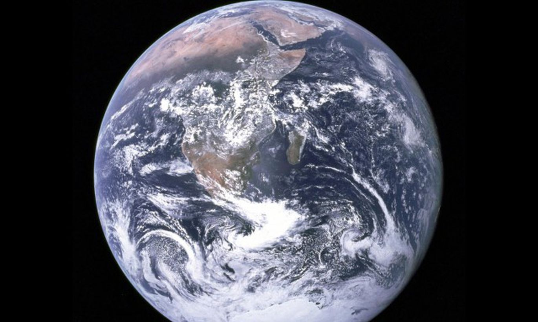 """Reiz Zeme """"aprija"""" Marsa izmēra planētu, liekot pamatus dzīvībai"""