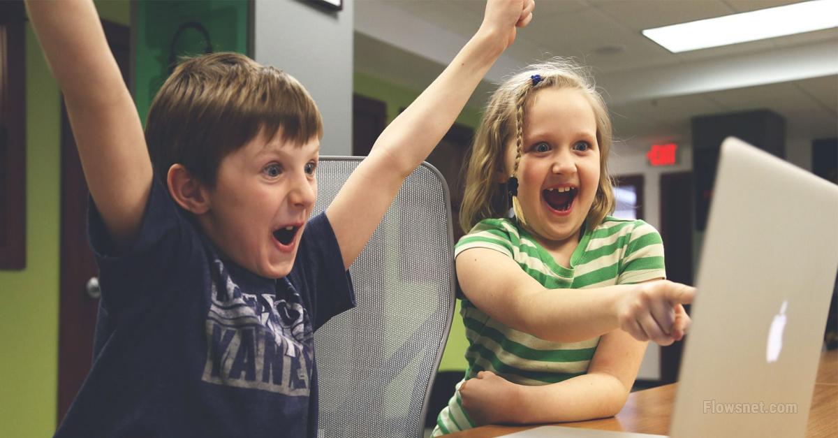 Pārāk liels ekrāna laiks var neatgriezeniski bojāt bērna smadzenes